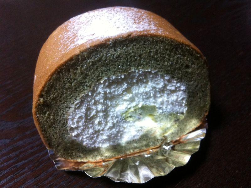 ココラデ ロールケーキ