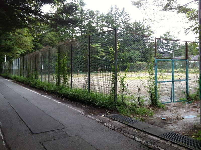 母校テニスコート